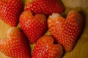 Valentines_Fruit_lovebugs_2013_02