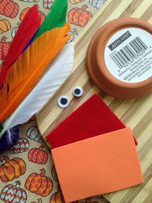 Easy Thanksgiving Craft For Kids ~ Thanksgiving Flower Pot Saucer Turkey
