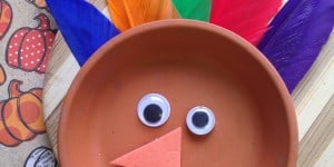 Easy Thanksgiving Craft For Kids ~ Thanksgiving Flower Pot Saucer Turkey