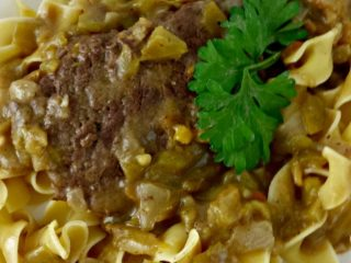 Easy Beef Recipe – Cube Steak With Green Chili Gravy & Noodles